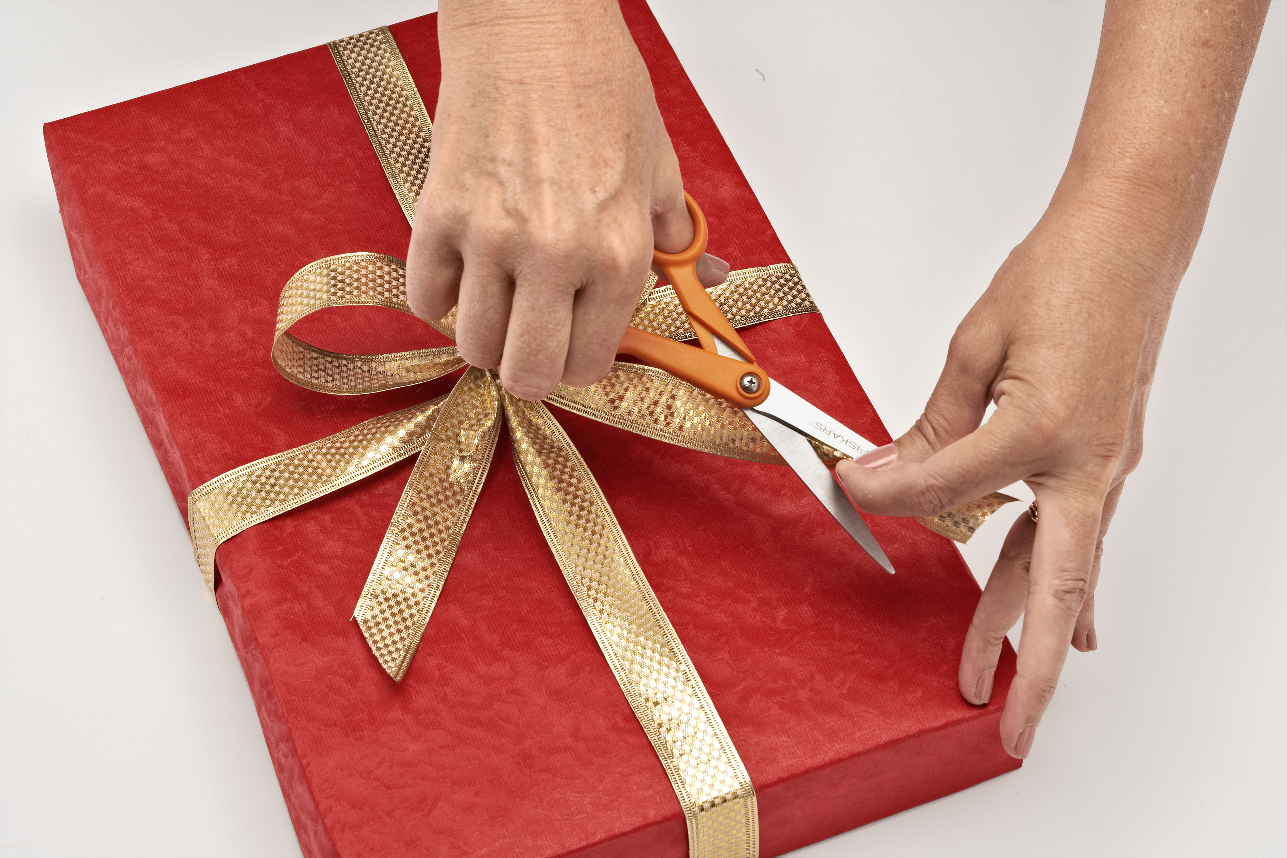 Present wrapping hampshire and isle of wight air ambulance present wrapping negle Image collections